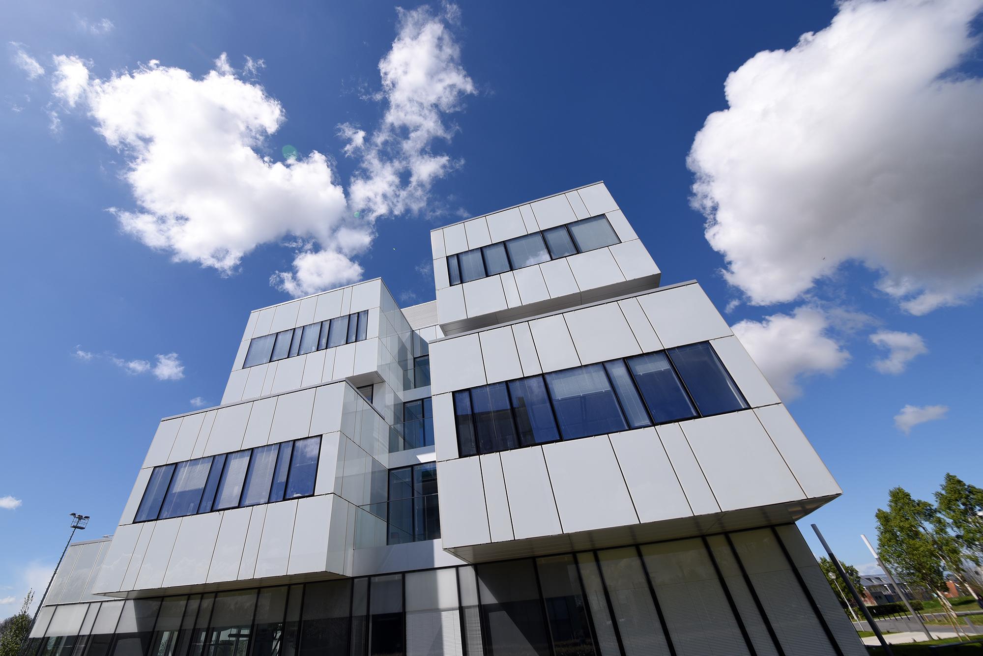 Inauguration de la reconstruction de deux laboratoires de recherche : le CIMAP et le GREYC