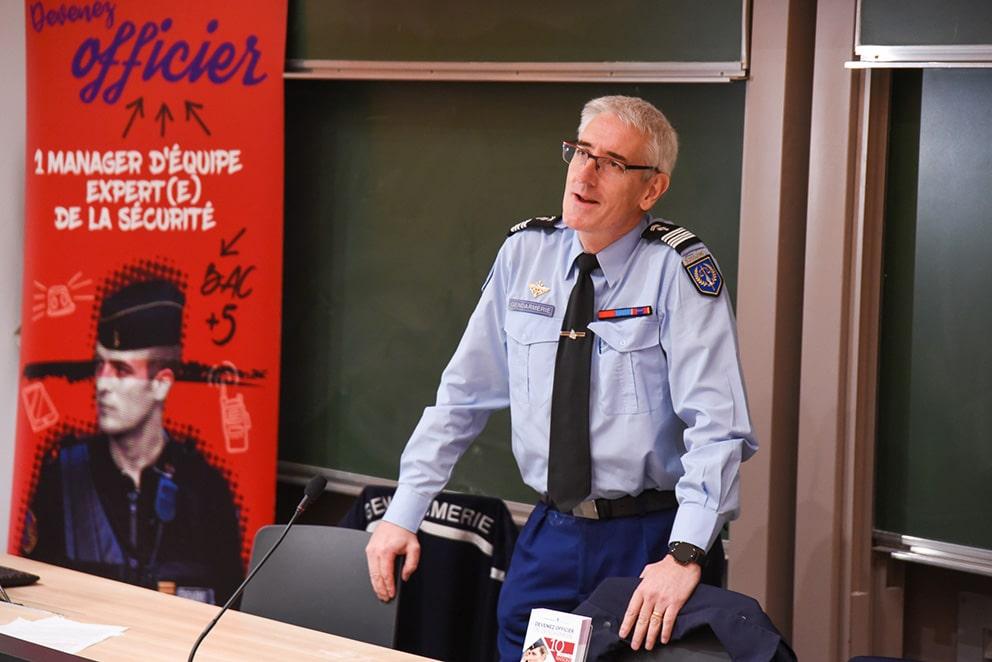 L'institut de Recherche Criminelle de la Gendarmerie Nationale à la rencontre des étudiants de l'ENSICAEN